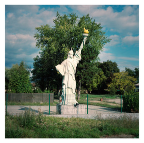Liberty-statue.jpg