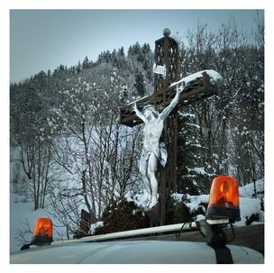 Snow-Christ.jpg