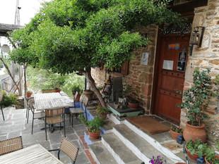 À l'hôtel, village de Metaxochori
