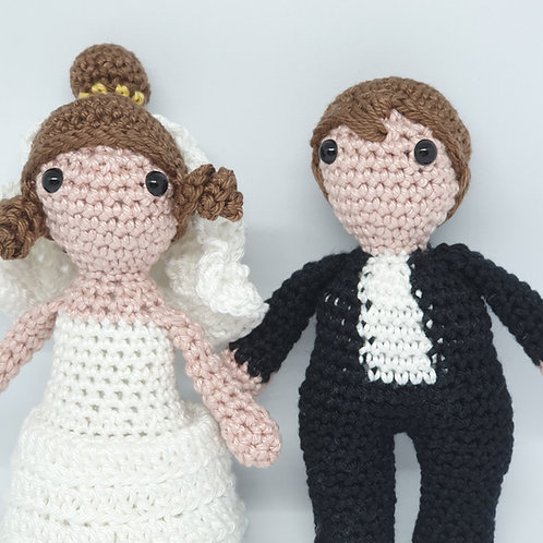 Bride and Groom Knitted Dolls