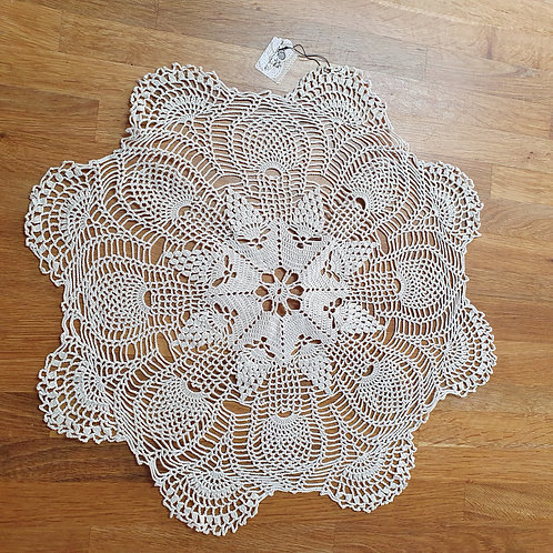 Round Knitted Tablecloth
