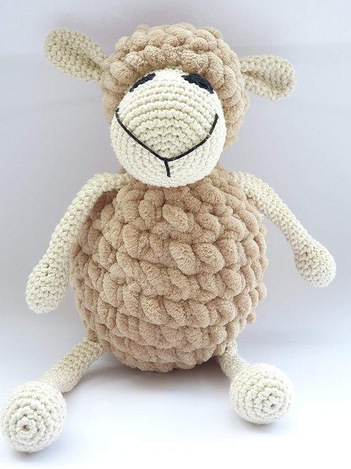 כבשה בז' גדולה