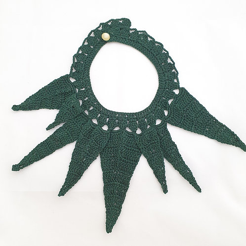Knitted Leaves Necklace