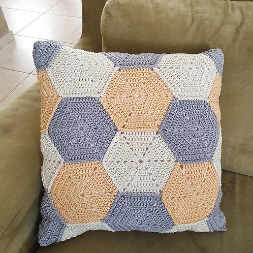 Pillow Cover 40/40 Hexagon pattern