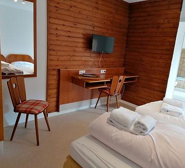 Zimmer A3 Monteur.jpg