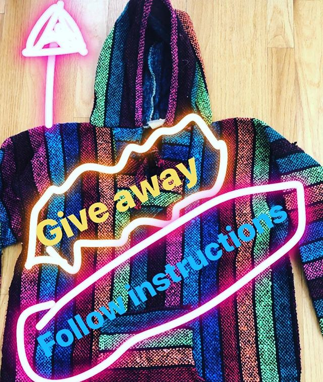 To win this awesome Gringa hoodie, follo