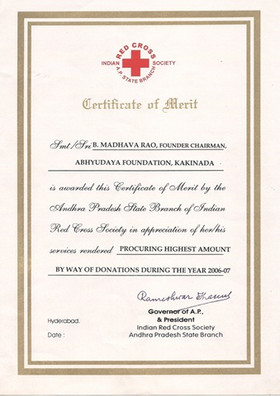 Red Cross Certificate[1].jpg