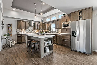 Buckhorn Kitchen | Henry Stahla Homes