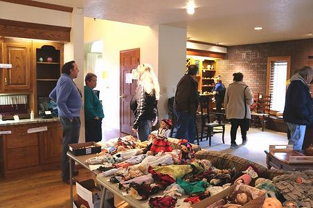 JR's Antiques and Estate Sales