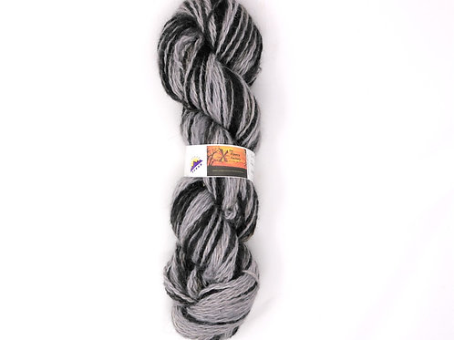 Alpaca 2-Ply Worsted - Black/Silvers