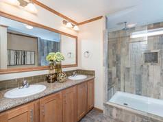 image-bathrooms-claysburg-01.jpg