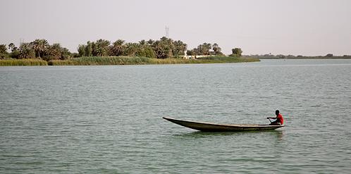 Pirogue sur le Sénégal
