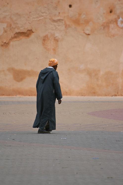 Maroc - Homme en gris