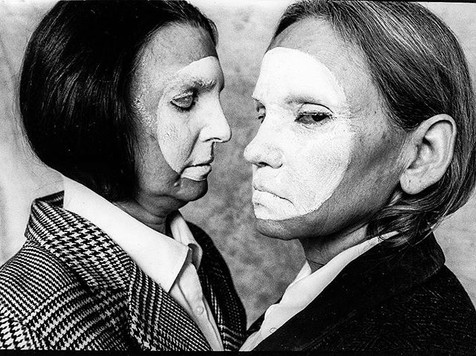 2/5 Mom & Susan