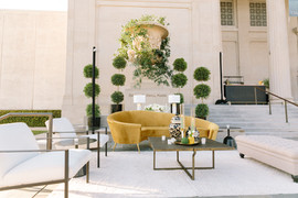 Gold Art Museum Lounge
