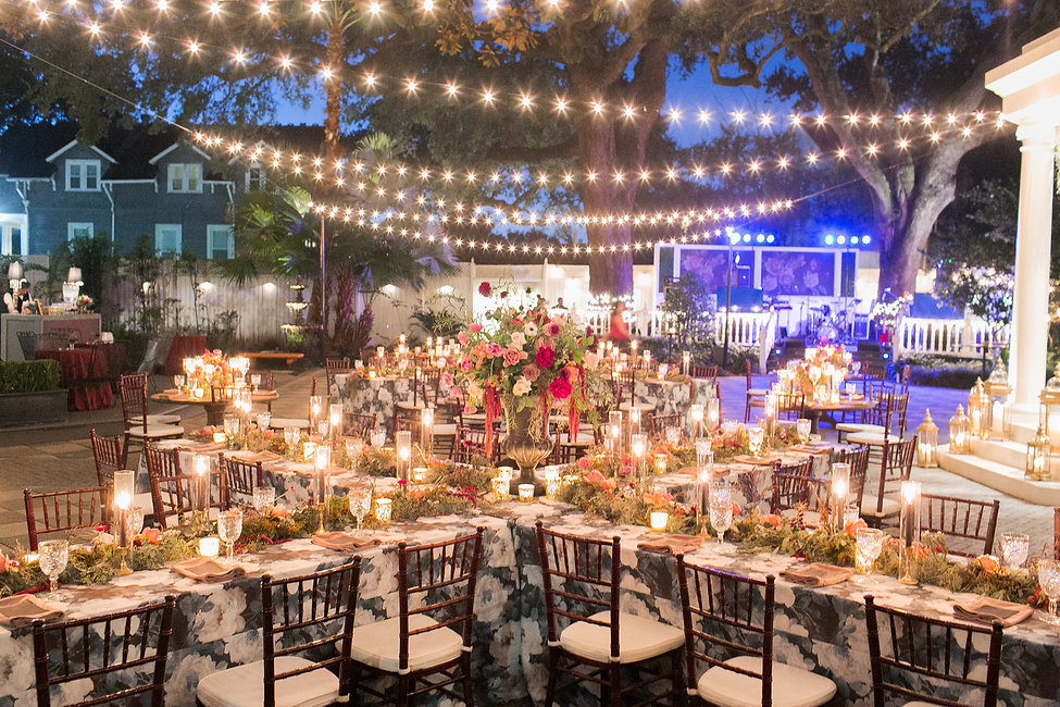 Dramatic-Luxury-Outdoor-Wedding-in-New-O