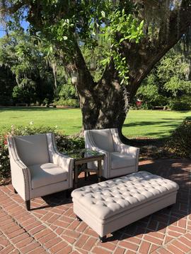 Fountain-Side Lounge