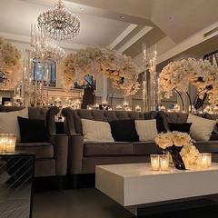 Luxury Loungee