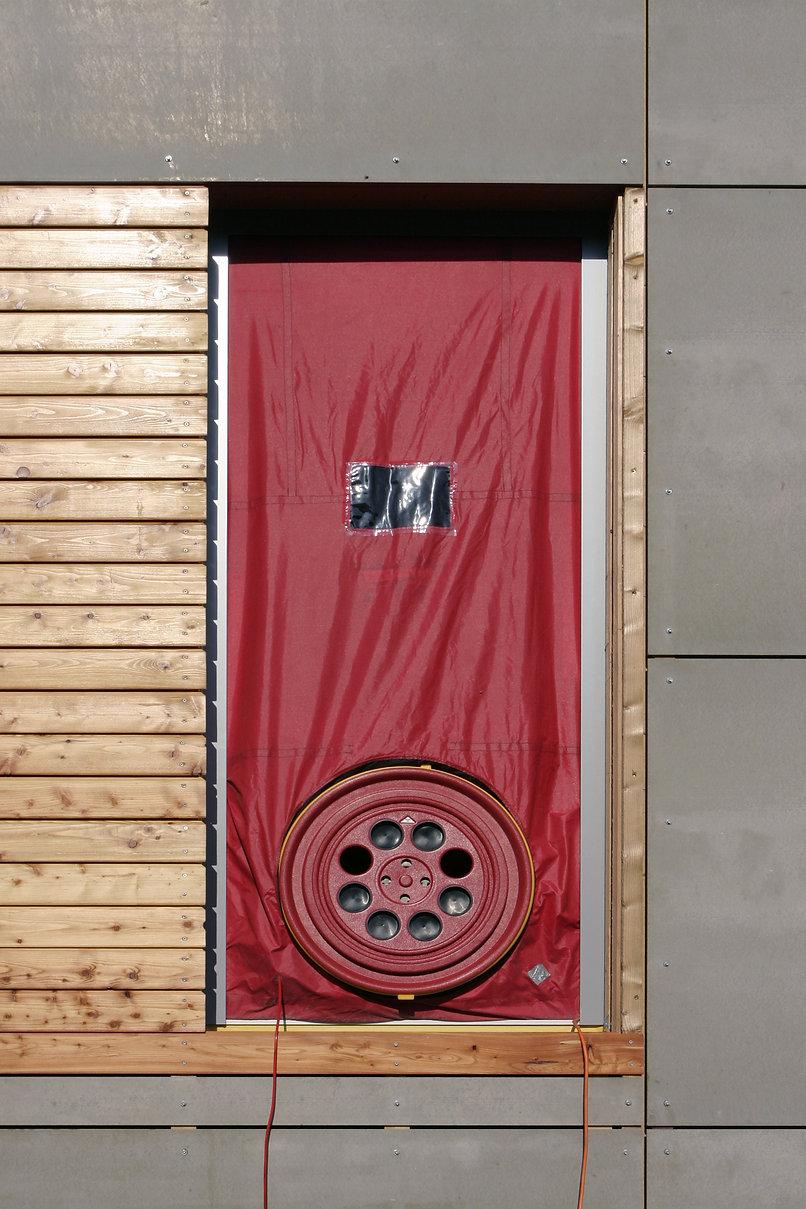 blower door test.jpg