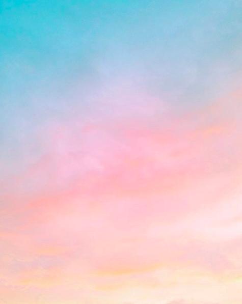 Ozge Cenberci Florida sky. Candy Minimal