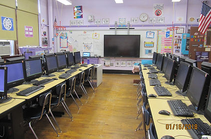 school computer lab picture