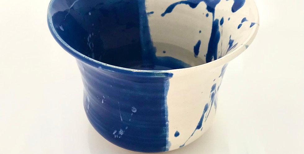 Kim Patton Kentucky Blue/White Vase 5929