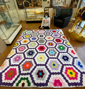 December Auction! Handmade Quilt!!! Ends 12/19!