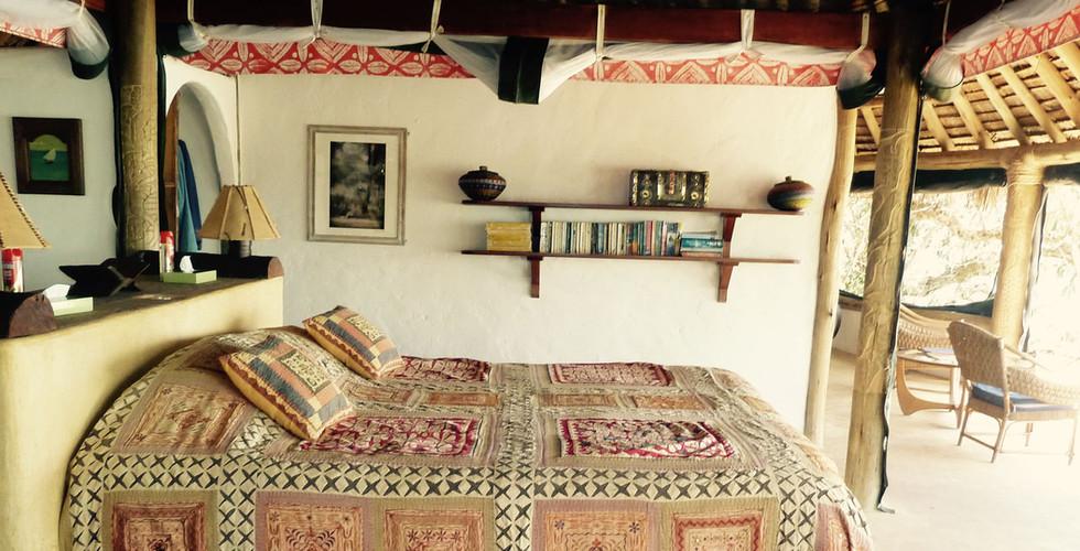 samatian-kingfisher-bedroom-double-bed.j