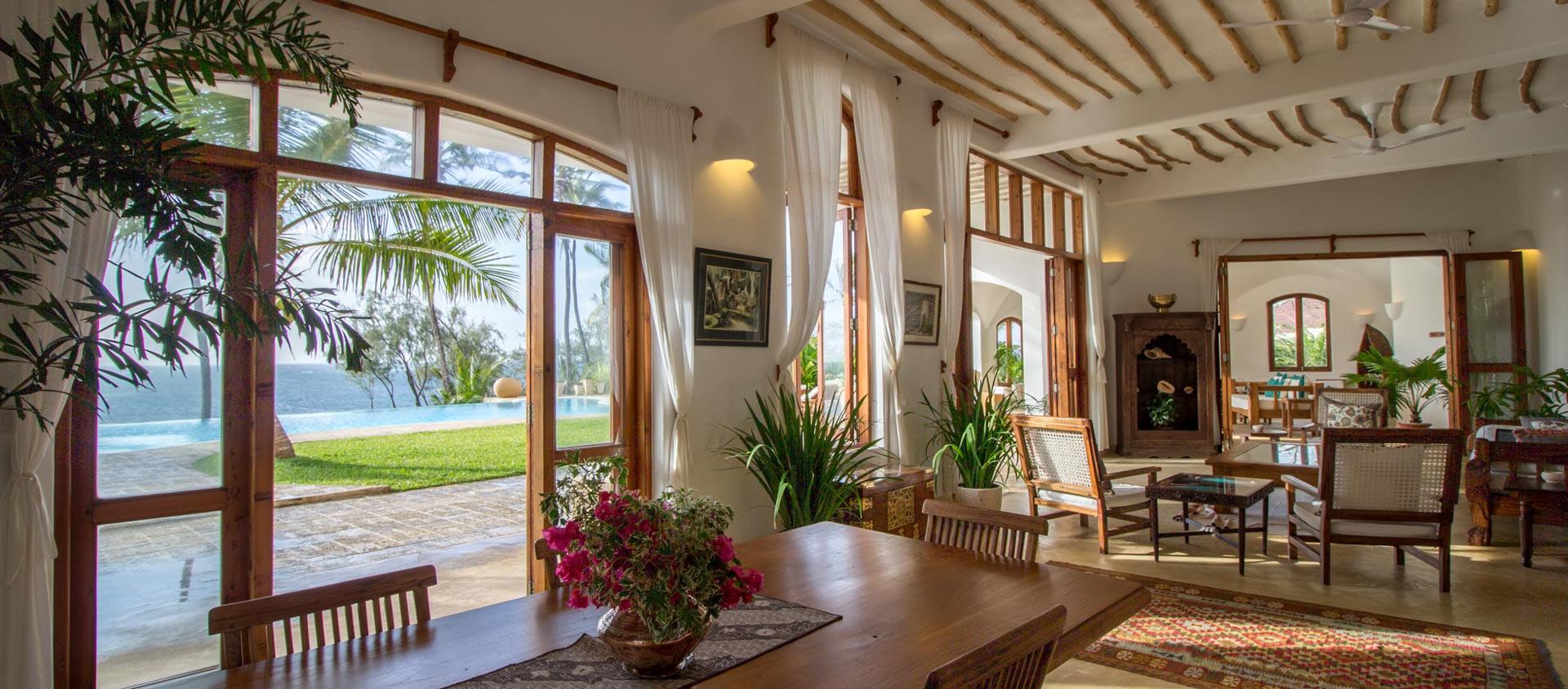 shwari-watamu-luxury-villa-dining-view.j
