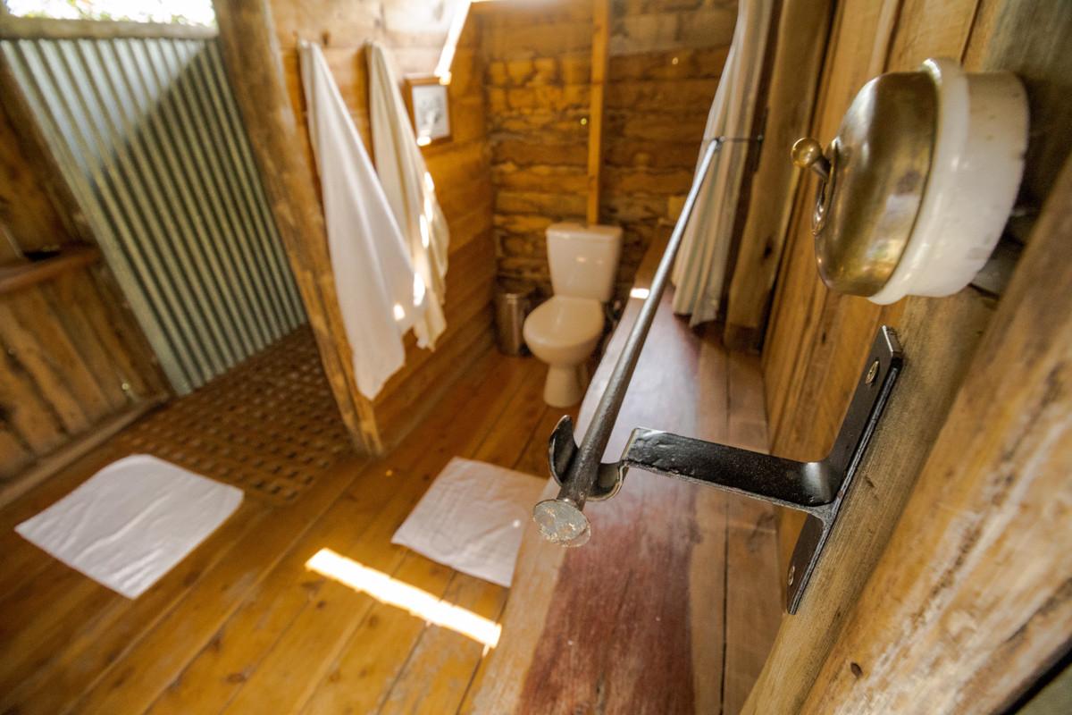 jw-one-stop-shepherd-huts_07972.jpg