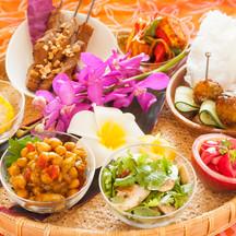 アジアン小皿料理の盛合せ.jpg