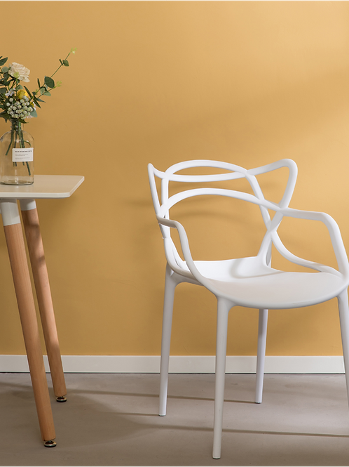 Twisted Dining Armchair in White