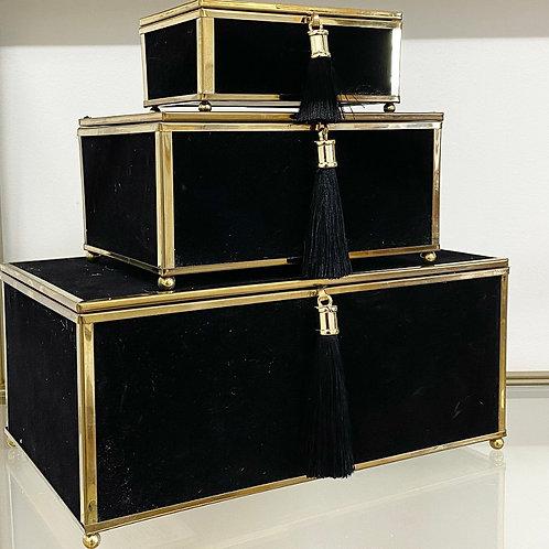 Velveteen Tassel Box Set in Black