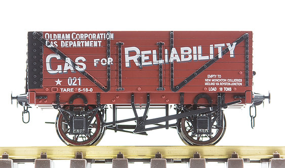 R32-1NX Plank Wagon - 'Oldham Gas Corporation', 1 car