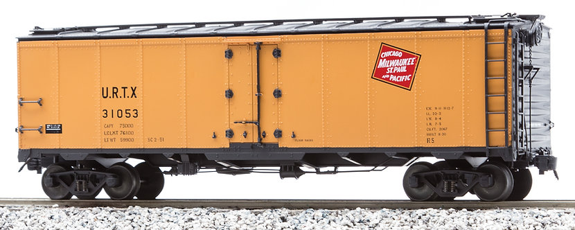AM32-517X PFE Reefer - Milwaukee Road (URTX Reporting Marks), 1 car