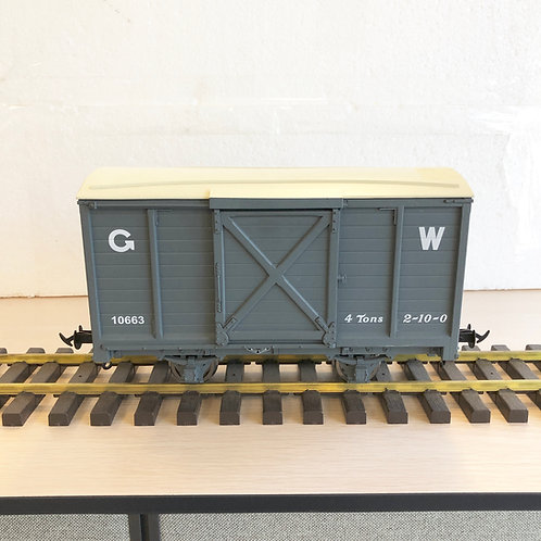 1:19 W&L Goods Van, GW Dark Grey #10663 1 car (Open Box)