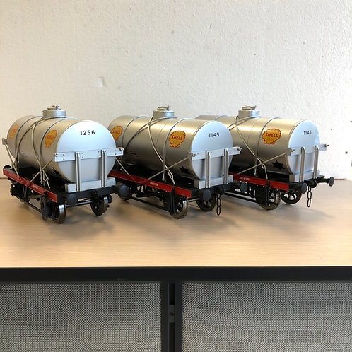 1:32 14-Ton Tank Car, Shell, 3 cars (Open Box)