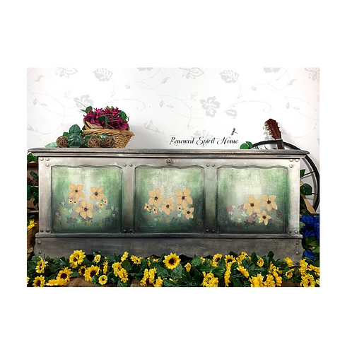 Vintage Cedar Chest. Painted Hope Chest. Floral Blanket Chest.