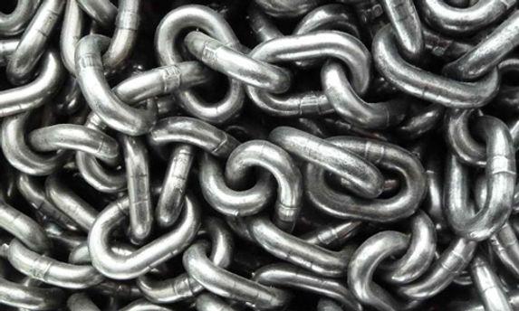chains8.jpg