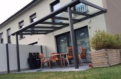 moderne Terrassenüberdachung groß