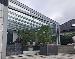 Sonderangebot Wintergarten. Terrassendach mit Glasschiebetüren zum absoluten Sonderpreis