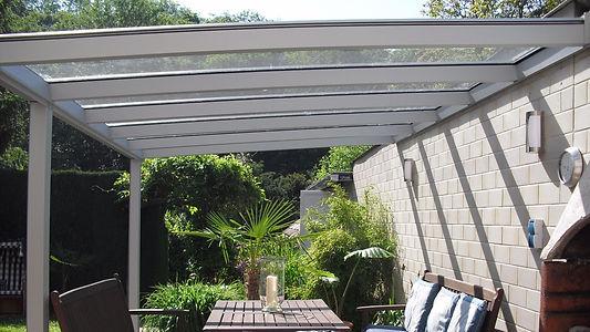 Terrassenüberdachung in Haan mit Wintergarten Solution. günstige Terrassendach Haan Angebote zu reduzierten Terrassendach Haan Preise.Terrassendach aus Alu mit Glasdach und Beleuchtung