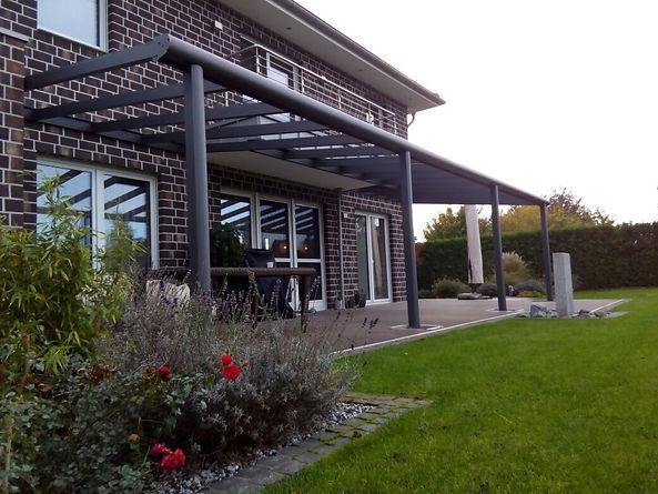 Terrassendach Preise, Die Terrassendach Überdachung von billig bis teuer ist alles drin. Mit Beleuchtung und vieles mehr