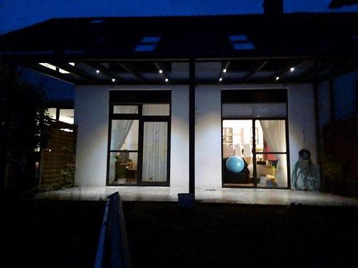 Led Terrassendach Beleuchtung, LED Beleuchtung mit Fernbedienung und Dimmer, für traumhaft schöne Abende mit Freunden und Familie zu genießen