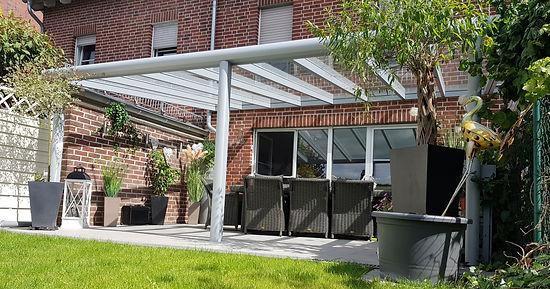 Terrassenüberdachung in Stolberg mit Wintergharten Solution. günstige Terrassendach Stolberg Angebote zu reduzierten Terrassendach Stolberg Preise.Terrassendach aus Alu mit Glasdach und Beleuchtung