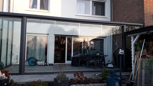 Terrassenüberdachung Eschweiler mit Glasschiebetüren