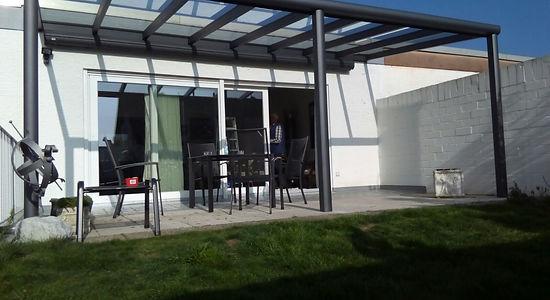 Terrassenüberdachung in Köln mit Wintergarten Solution. günstige Terrassendach Köln  Angebote zu reduzierten Terrassendach Köln Preise.Terrassendach aus Alu mit Glasdach und Beleuchtung