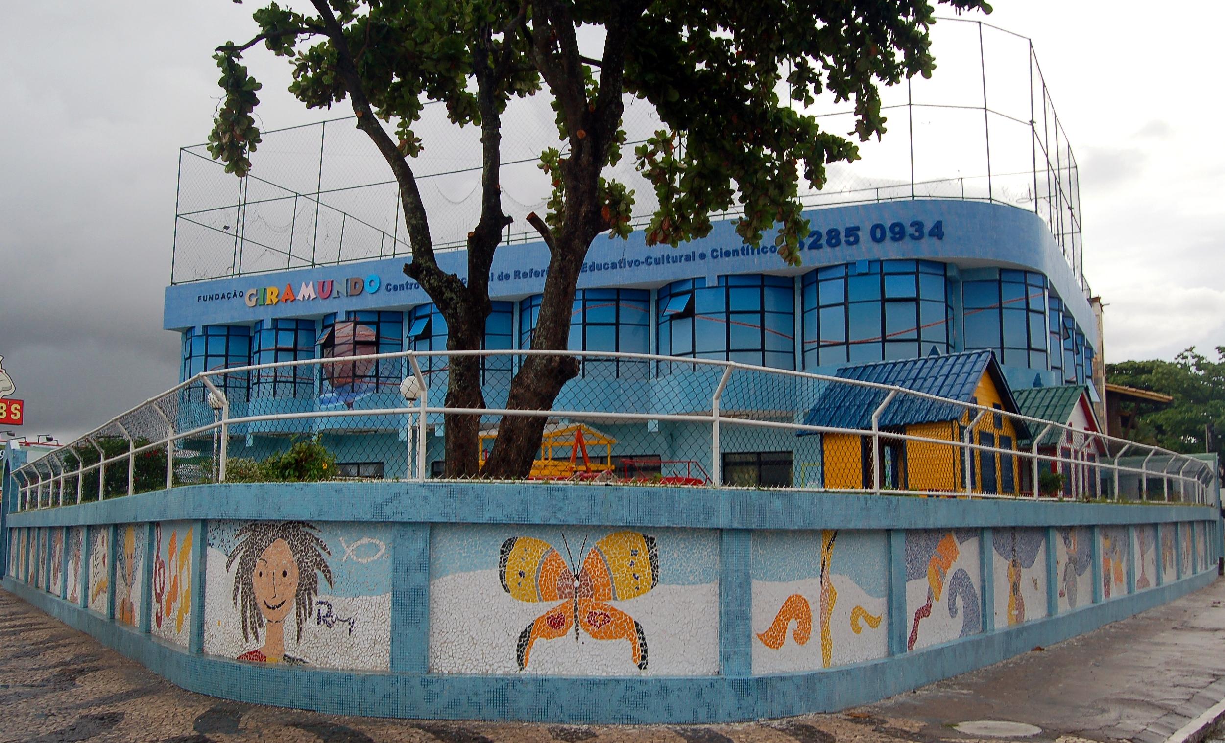 Retrofit de fachada para escola infantil