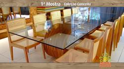 Mesa de jantar para 8 cadeiras