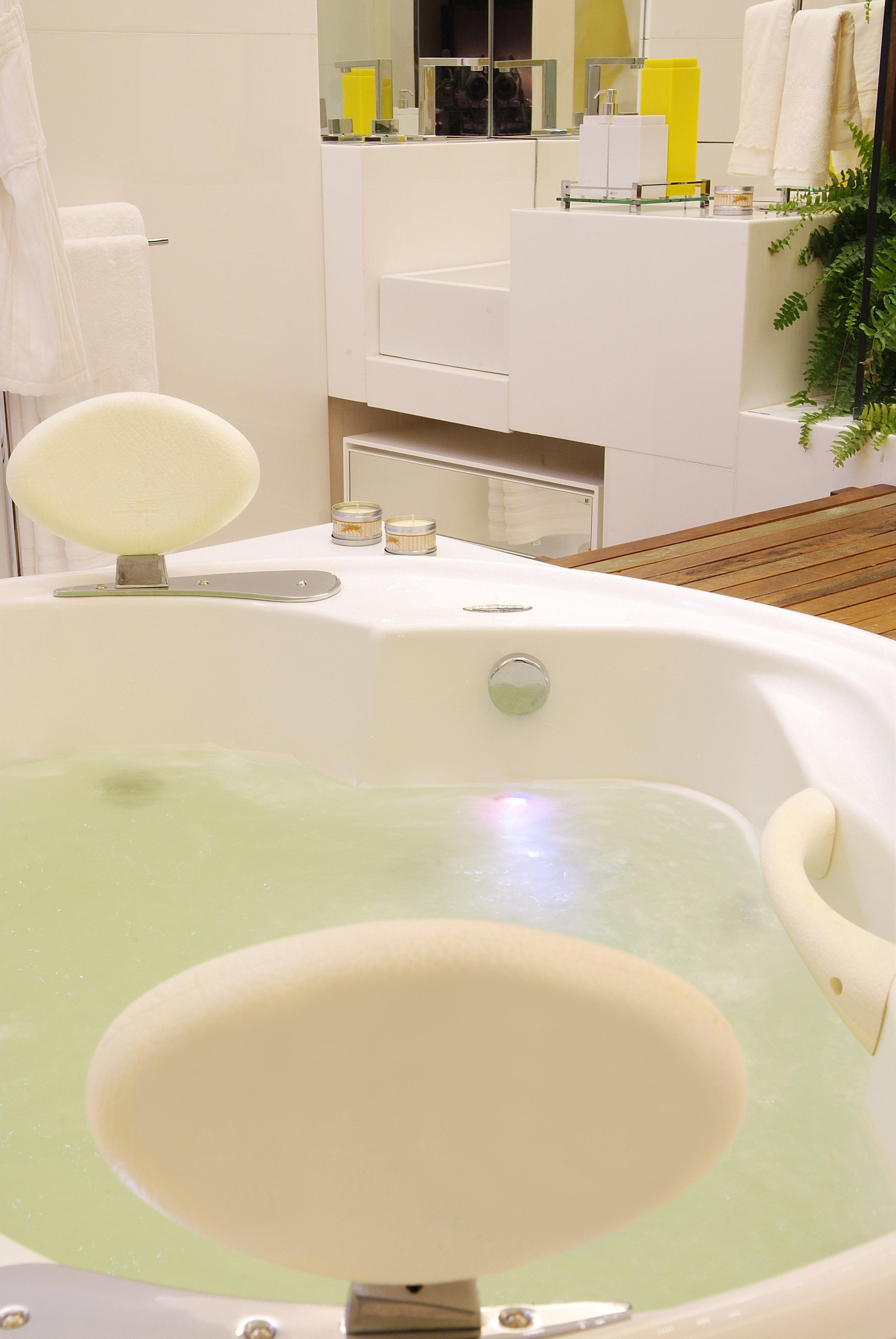 Banheira redonda de casal